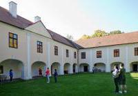 Barokní zámek Měšice
